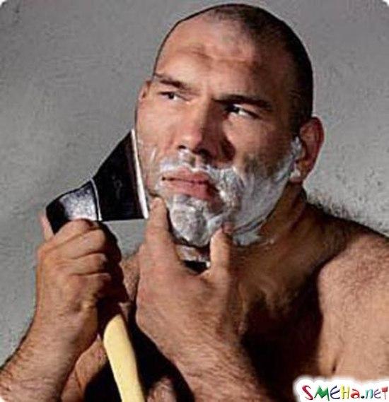 Настоящий мужик бреется!